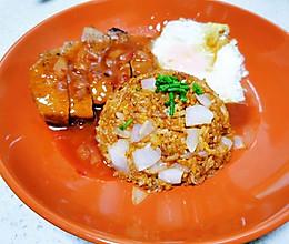 #餐桌上的春日限定#冰箱里仅存的食物组合✨蛋炒饭牛排套餐的做法