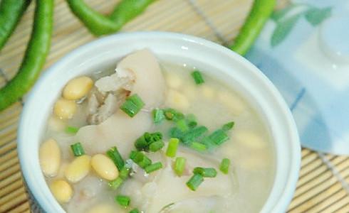 黄豆炖猪手的做法