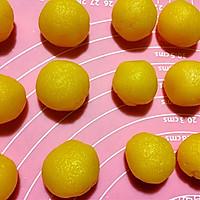 不流沙的流沙酥球 蛋黄酥的做法图解4