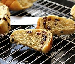 【5分钟葡萄干面包】不需要揉面,普通面粉就能做的面包的做法
