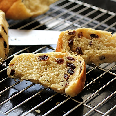 【5分钟葡萄干面包】不需要揉面,普通面粉就能做的面包