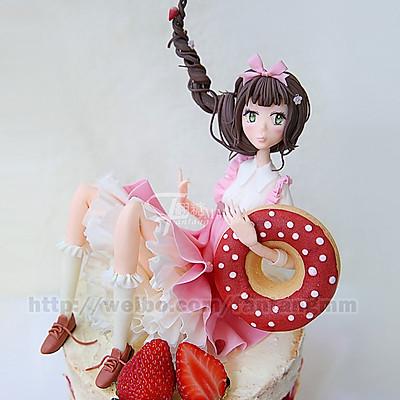 甜甜圈姑娘翻糖蛋糕