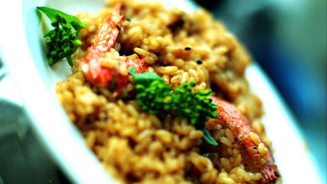 饭里窝着个小螃蟹~!螃蟹烩饭~的做法
