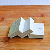 #憋在家里吃什么#茄汁鹌鹑蛋酿豆腐的做法图解2