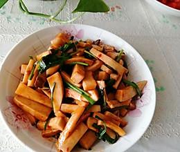 #合理膳食 营养健康进家庭#韭菜炒杏鲍菇的做法