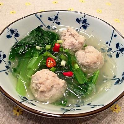 小白菜汆丸子汤