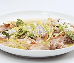 豆酱焖鱼 美食台的做法