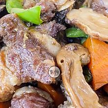 松茸焖排骨|牛佤松茸食谱