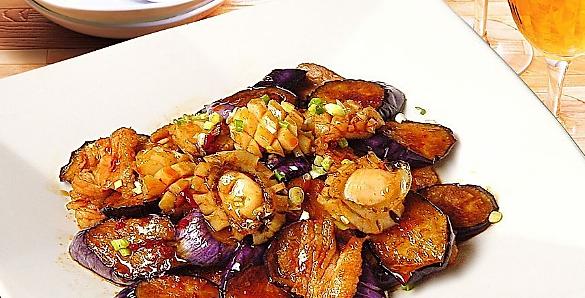 猴头菇焖鸡的做法