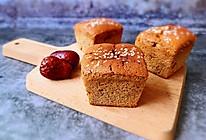 #硬核菜谱制作人#红枣蛋糕的做法
