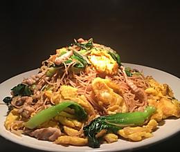 青菜肉丝鸡蛋炒粉干的做法