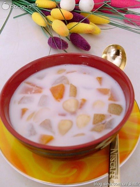 雪梨木瓜汤的做法