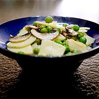 春天的味道-豌豆蘑菇炒春笋的做法图解15