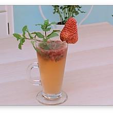 墨西哥草莓鸡尾酒(Strawberry Mohjito)