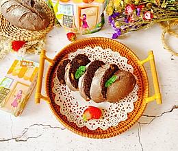 #糖小朵甜蜜控糖秘籍#全麦黑芝麻核桃欧包的做法