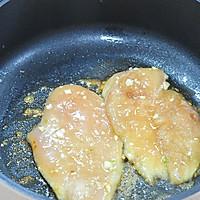一食半刻   香蒜蜂蜜煎鸡扒的做法图解5