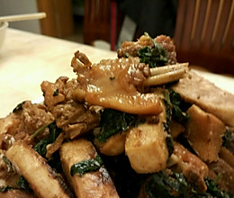 紫苏芋头焖和田鸭的做法