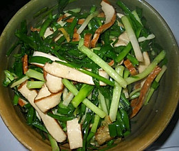 豆干炒韭菜的做法