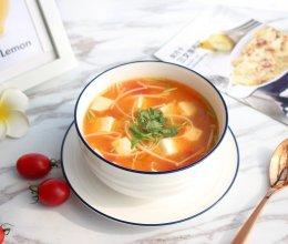 【茄汁金针菇豆腐汤】#快手又营养,我家的冬日必备菜品#的做法