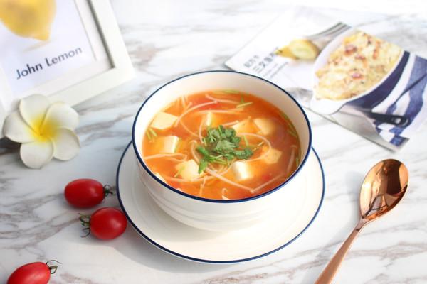暖心暖胃【茄汁金针菇豆腐汤】的做法