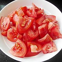 香菇番茄萝卜汤的做法图解3