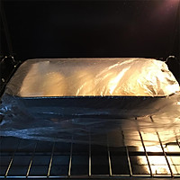 奶香味十足的吐司面包,面包机和面保证出膜的做法图解9