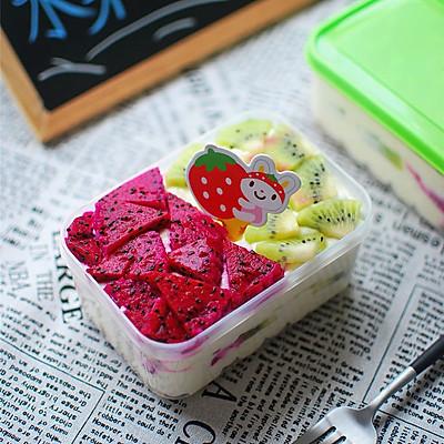 当今最流行:水果盒子蛋糕