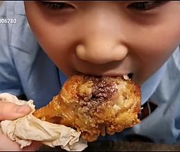 没有炸粉也能鲜嫩多汁的脆皮炸鸡腿的做法