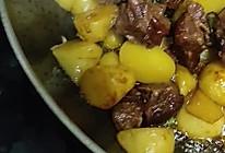 腊鸭腿烧土豆的做法