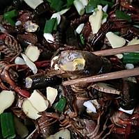 蒜蓉小龙虾#520,美食撩动TA的心!#的做法图解1