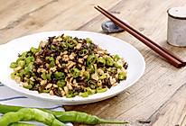 鸡米芽菜|美食台的做法