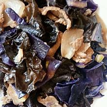 紫甘蓝木耳炒肉片