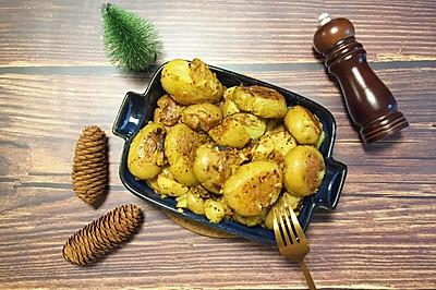 周末聚餐硬菜 简单好吃  孜然黑椒香煎小土豆(两种做法)