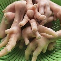 五步搞定红烧鸡爪,色香味俱全,健康美味都可以当零食吃的做法图解2