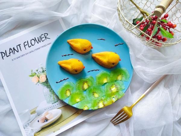 #硬核菜谱制作人#小黄鸭造型凤梨酥的做法