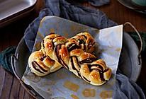 豆沙辫子面包的做法