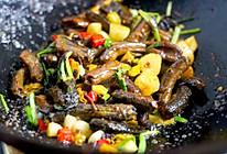 #巨下饭的家常菜#湘菜经典紫苏炒鳝鱼,香辣酥脆,下酒又下饭!的做法