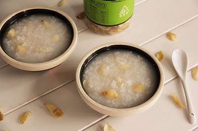 粳米百合粥