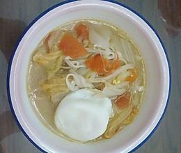 孕妇食谱,西红柿鸡蛋营养蔬菜面的做法