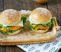 自制汉堡包,营养美味又健康-虾仁土豆汉堡包的做法