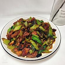 青蒜小炒肉——炎热夏季下饭菜