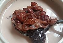 红枣红豆花胶炖牛奶的做法