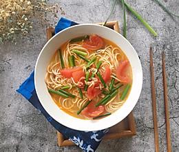 #花10分钟,做一道菜!#虾皮西红柿面的做法