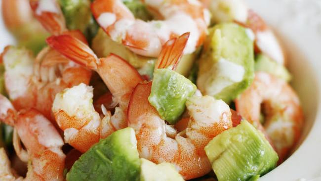 鲜虾牛油果沙拉的做法