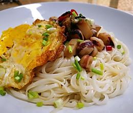 杏鲍菇焖大鱿鱼须干扣的做法