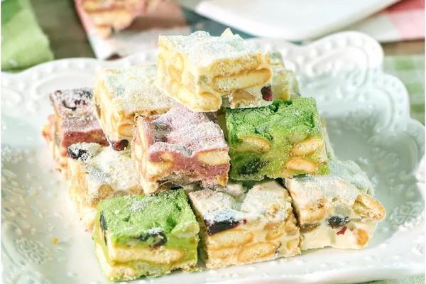 比牛轧糖简单,比沙琪玛好吃,网红小甜点,今年过年必备!的做法