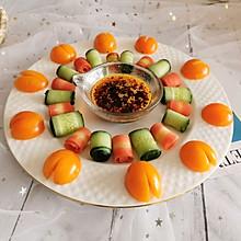 #炎夏消暑就吃「它」#5元快手颜值菜—红油青瓜胡萝卜卷