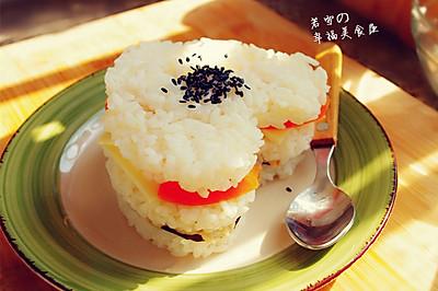 """金枪鱼""""心形""""米三明治--------沙拉酱米饭的又一搭配!"""