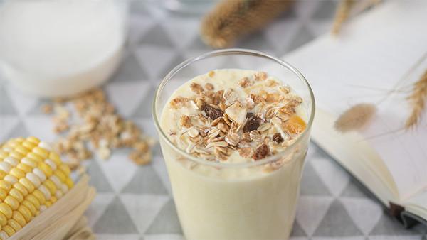 早餐必备元气饮:牛奶玉米汁,好喝还能补活力!