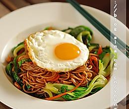 南京鸡蛋肉丝炒面的做法